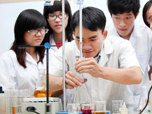 Học Cao đẳng Dược có được phép liên thông lên Đại học Dược không?