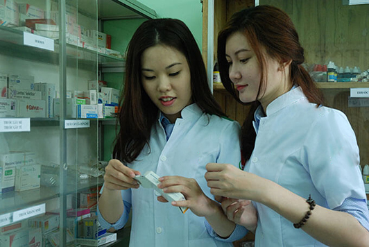 Nâng cao chất lượng tay nghề cho Dược sĩ