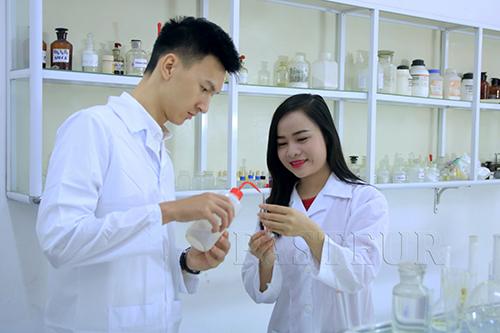 Học phí Liên thông Cao đẳng Xét nghiệm Hà Nội năm 2018 phù hợp với nhiều đối tượng