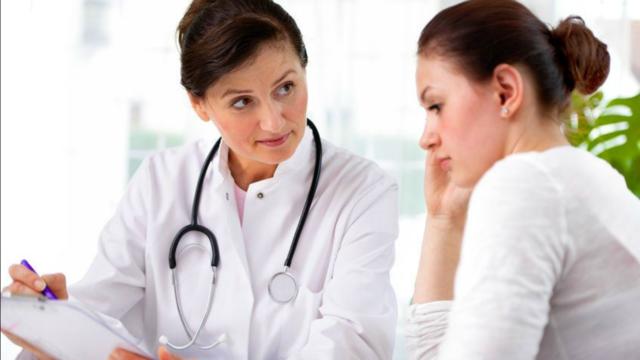 Dược sĩ cảnh báo tình trạng đau bụng dưới bên trái ở phụ nữ