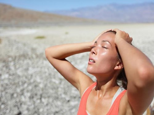 Cơ thể bị tổn thương do nắng nóng gây ra