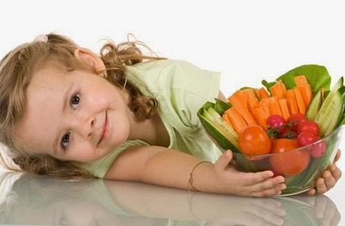 Bổ sung nhiều loại thực phẩm giàu vitamin giúp mắt sáng hớn