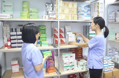 Học hỏi kinh nghiệm mở quầy thuốc tư nhân