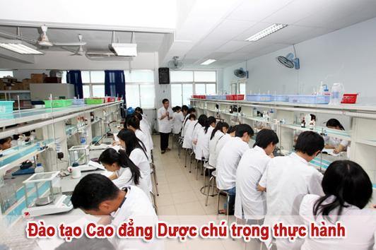Cao đẳng Dược Pasteur đào tạo chú trọng thực hành
