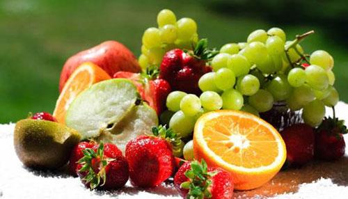 Hạn chế ăn hoa quả theo lời khuyên của bác sĩ