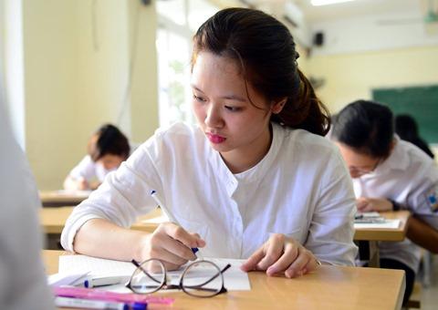 Thí sinh nhanh chóng hoàn thiện hồ sơ xét tuyển để nộp về trường mình mong muốn