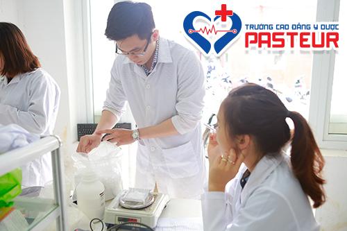 Học lực trung bình có được xét tuyển vào Trường Cao đẳng Y Dược Pasteur?