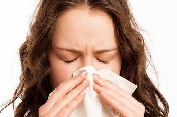 Thuốc acrivastine để điều trị các chứng dị ứng ở mũi